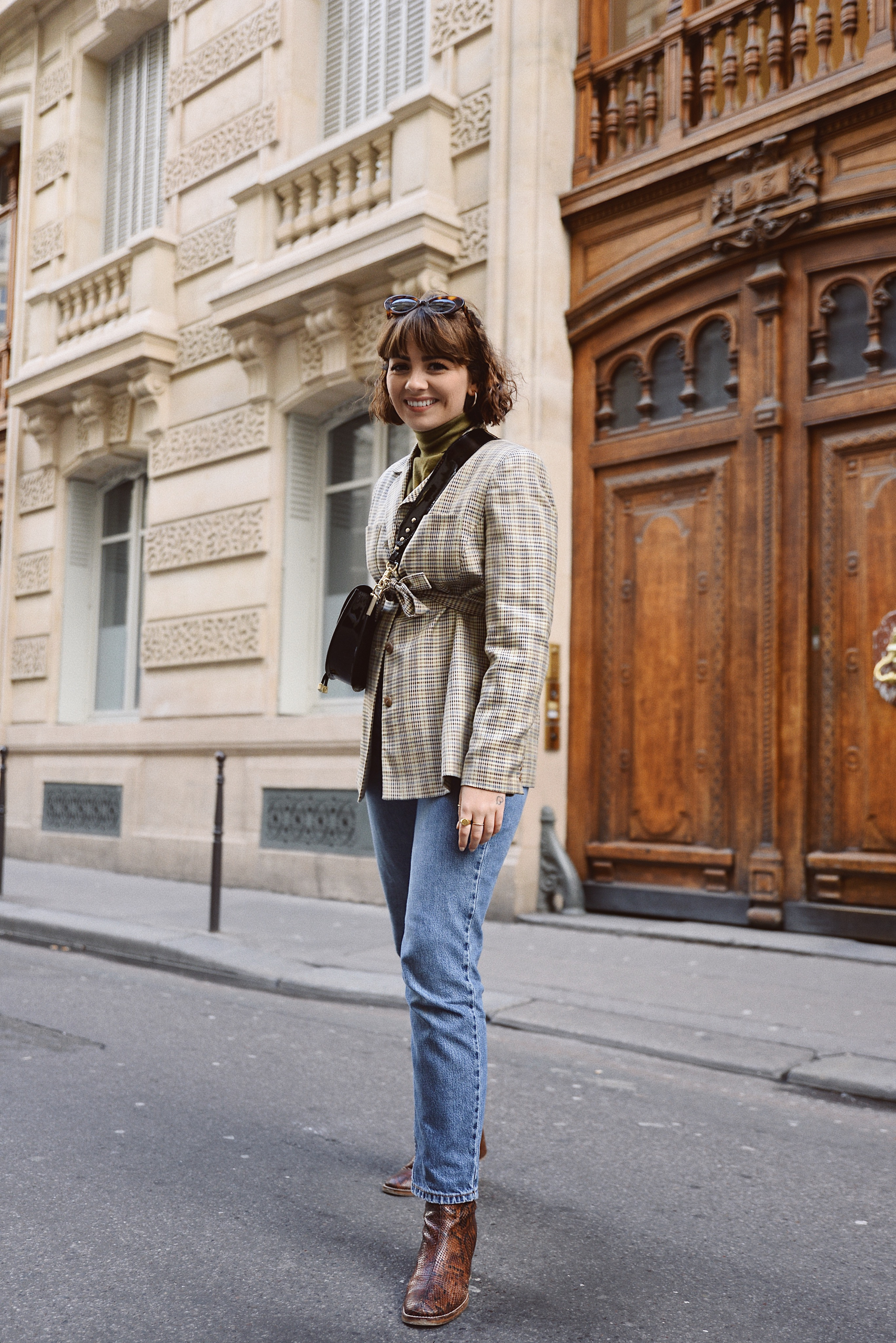 fd74e91e29a2 This year I'm really into layering blazers together with turtlenecks for a  chic oversized look. Since the arrival of the belted blazer/belted  everything ...